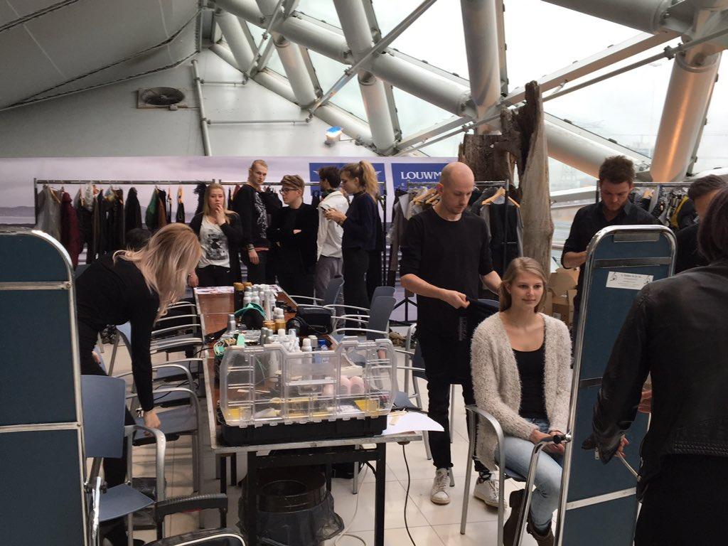 The new Jan Boelo collection sponsored by L'Oréal Professionnel. #louwman utrecht #loreal #teamF #beauty #hair https://t.co/nvmMwMdUkG