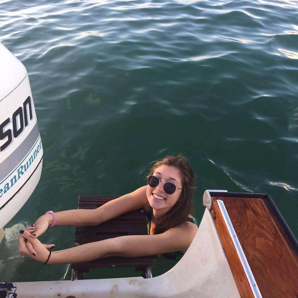 boat on Wife pee
