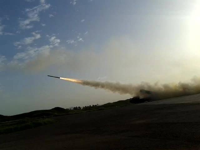 راجمات BM-30 Smerch في سوريا  CaElmthWIAAZU-t