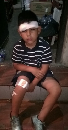 La policía federal reprimió a una murga de chicos del Bajo Flores, hay niños heridos con bala de goma https://t.co/kKqrgupEhr