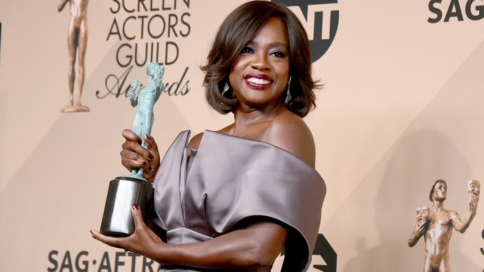 Screen Actors Guild Awards - Page 8 CaHMA-NW0AAA6hB