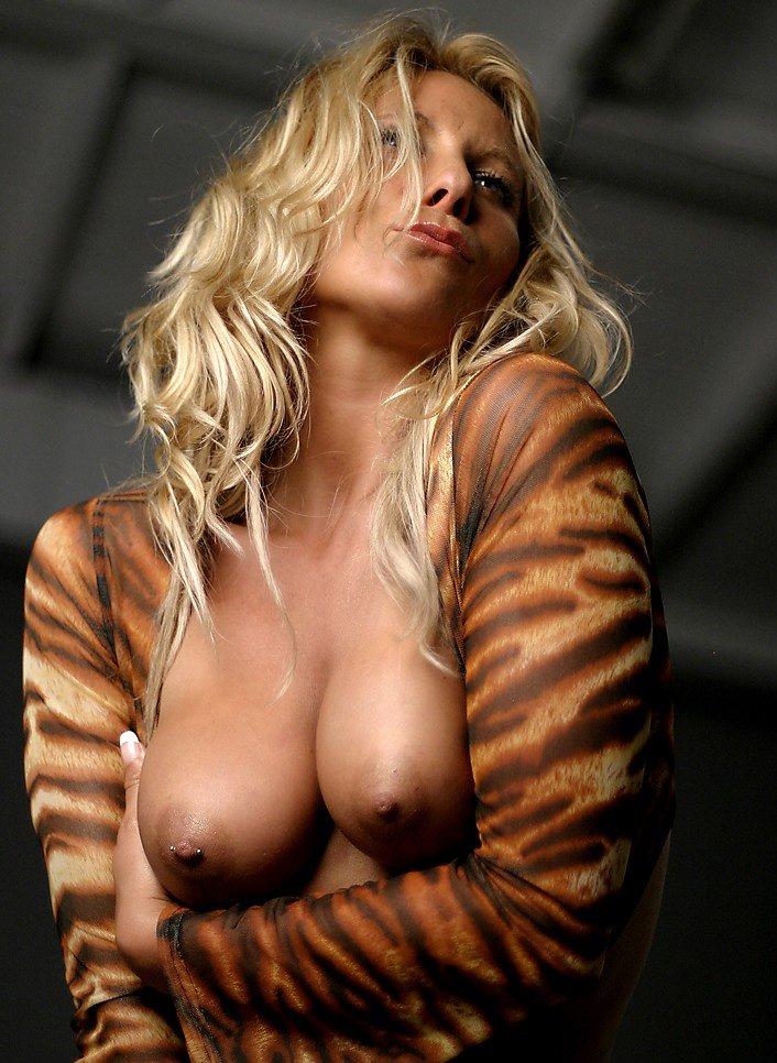 geile blonde meisjes prive neuken zonder condoom