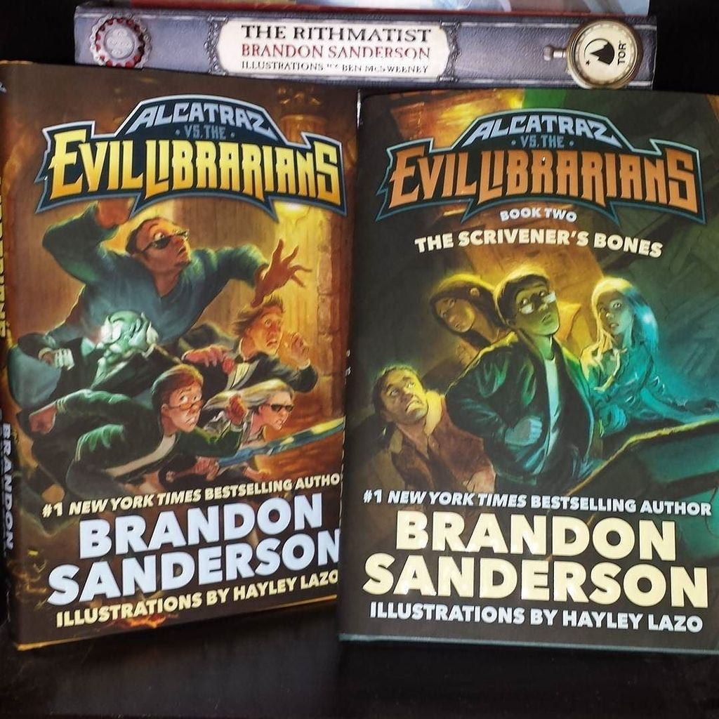 #inmymailbox today from MacMillan!  Brandon Sanderson Alcatraz and the Evil Librarians, ya… https://t.co/B35PifMlfG https://t.co/3Ic3W4b0KZ