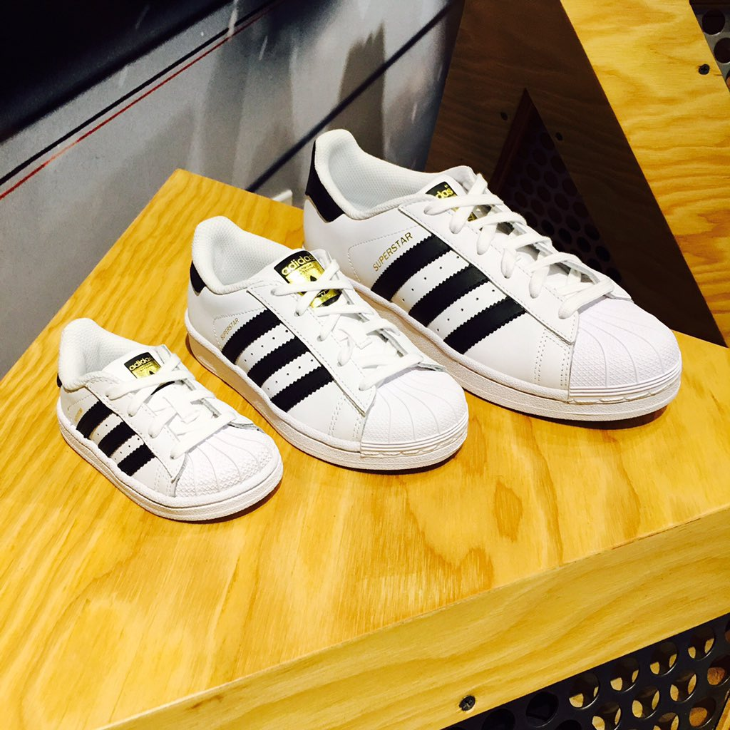 Family Pack. Adidas Superstar