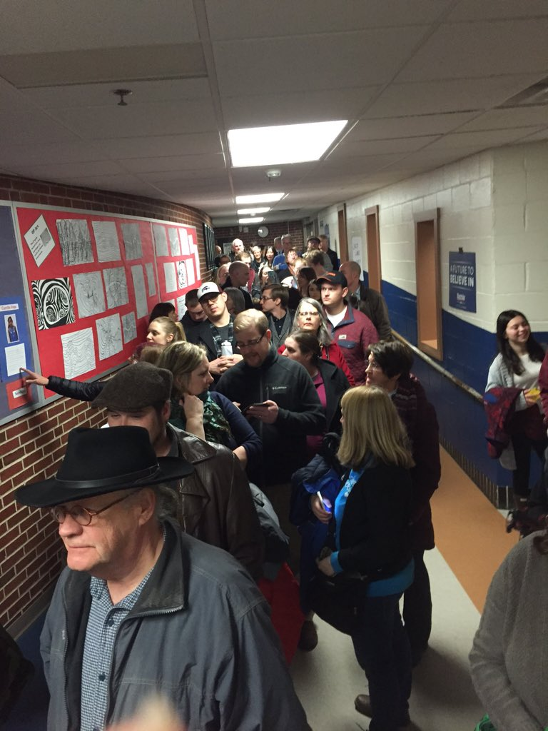 There are so many dems at Precinct 41 that they are moving us outside to be counted. #IowaCaucus #Caucus2016 https://t.co/F6ljxvrajV
