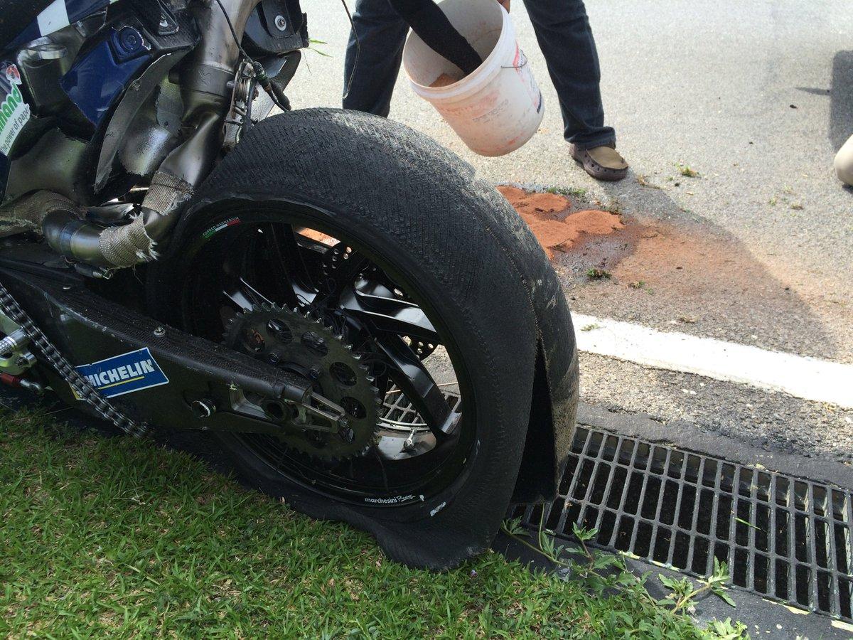 Test MotoGP Sepang 2016 CaLc83EUYAABkf-