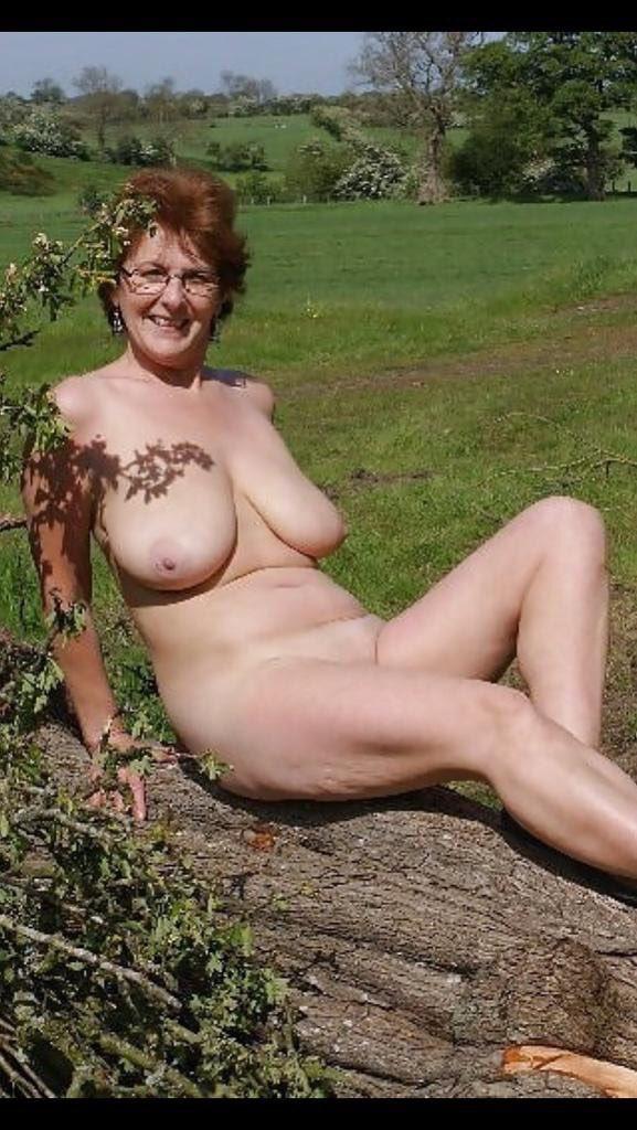 Free Big Saggy Tits Porn Galery