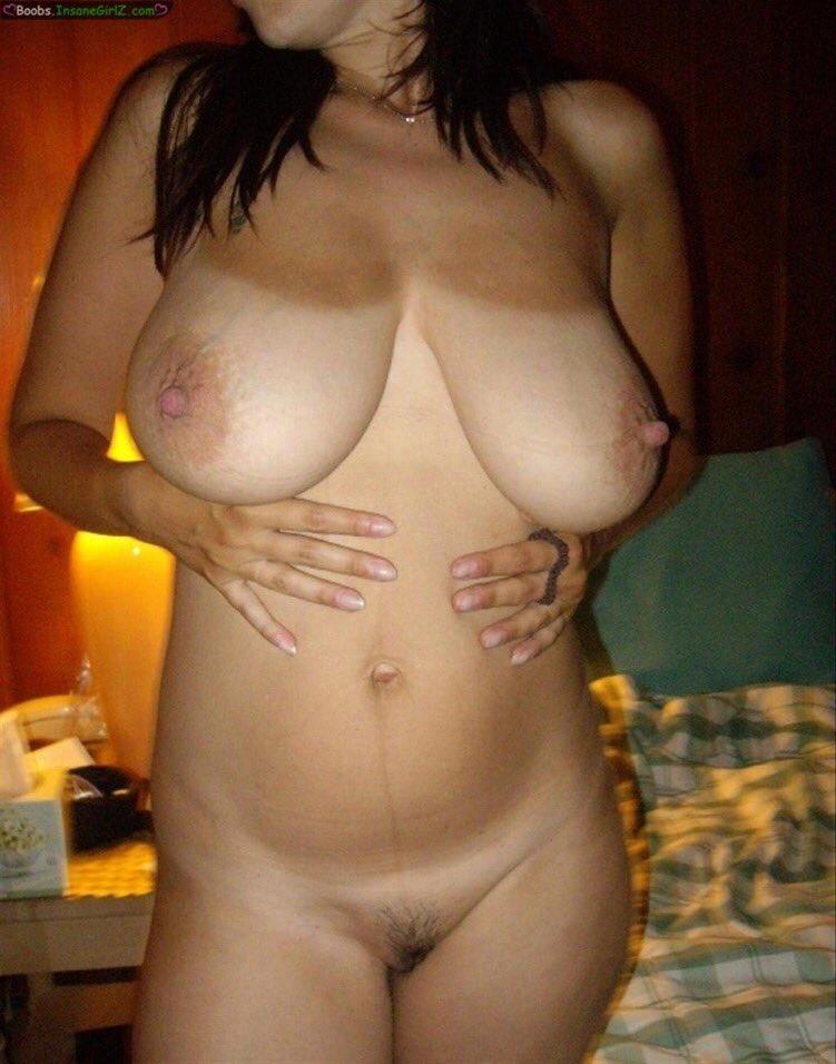 Remarkable, Matureoutdoor in the nude