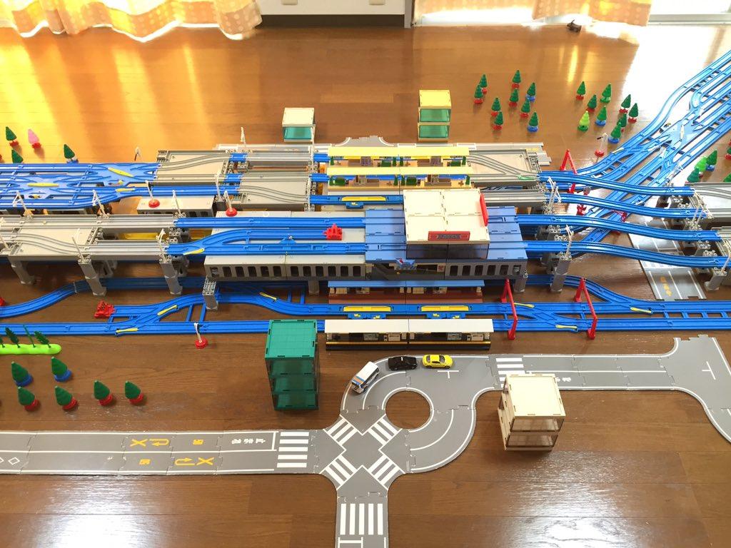 プラレールで北千住駅を再現してみました。