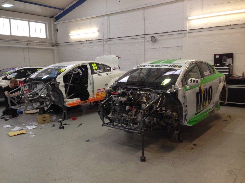Two @DunlopBTCC Avensis being built up @SpeedworksMS https://t.co/SJozN2Sik0