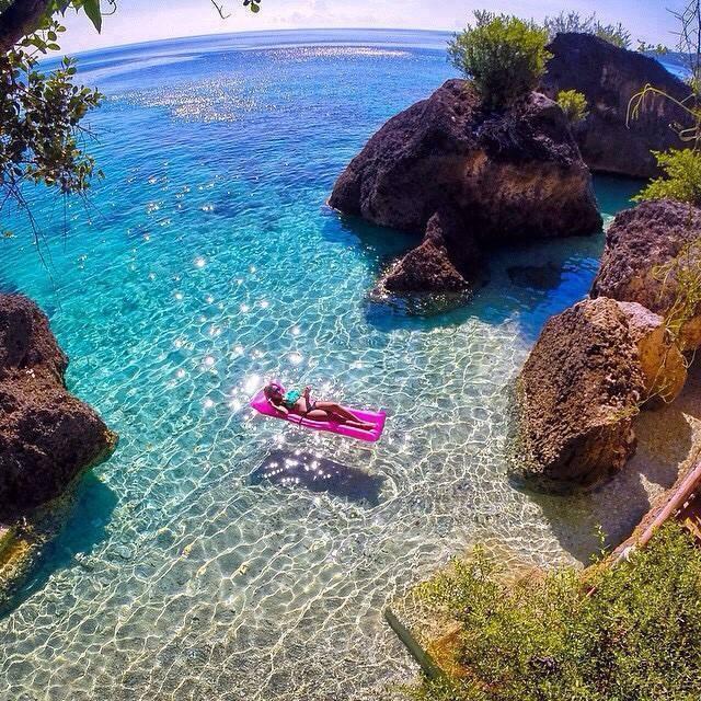Private Beaches: Entrepreneur Mind (@ArabyWelcome)