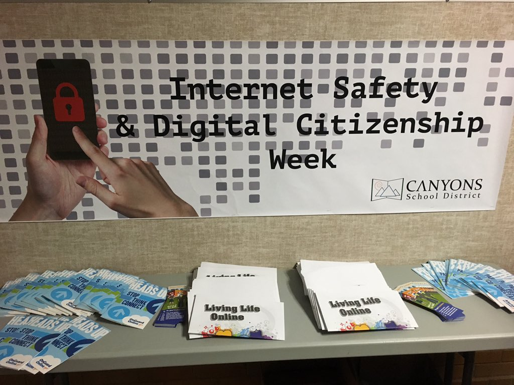Midvalley is getting the word out!! #CSDWhiteRibbonWeek https://t.co/JNNOg3p0kH