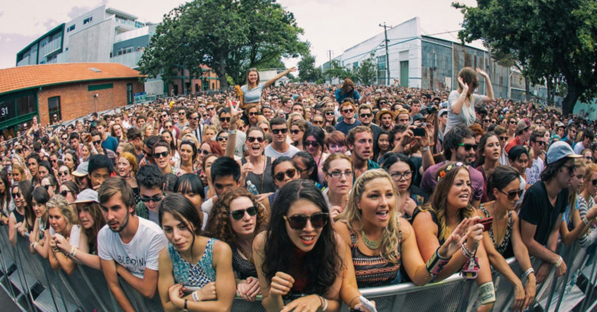 Music lovers unite. The Laneway Festival is back for another year and this year it's bigger than ever before! https://t.co/CACX8gIdS5