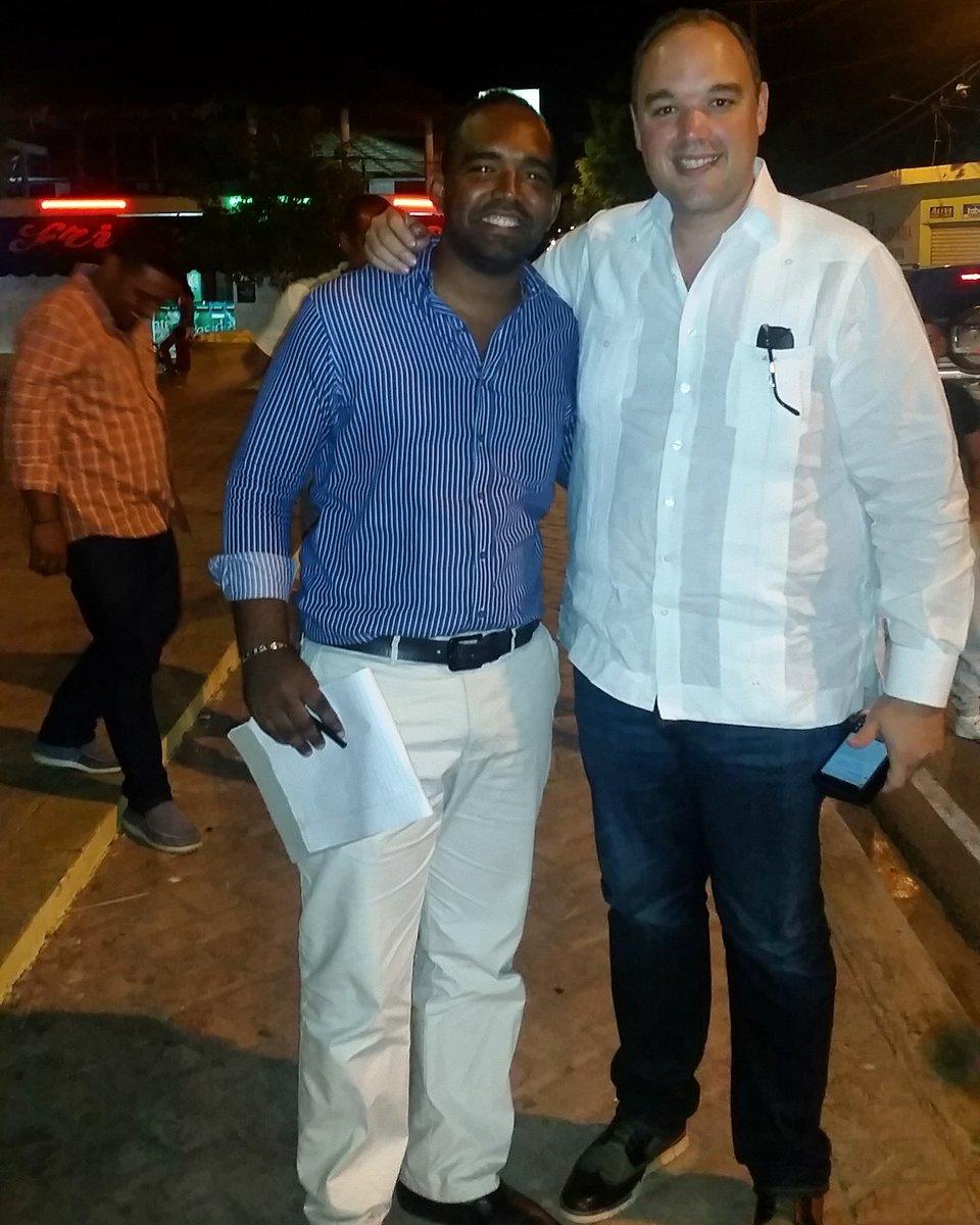 El sabado el Sur Profundo expresara  @DaniloMedina que lo quiere 4 años más #VueltaAlLagoConDanilo @JoseDelCSavinon https://t.co/vcftGpnVIB