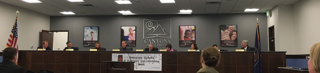 Great to see the @canyonsdistrict Board of Education recognize #csdwhiteribbonweek. https://t.co/X8e07trYLk