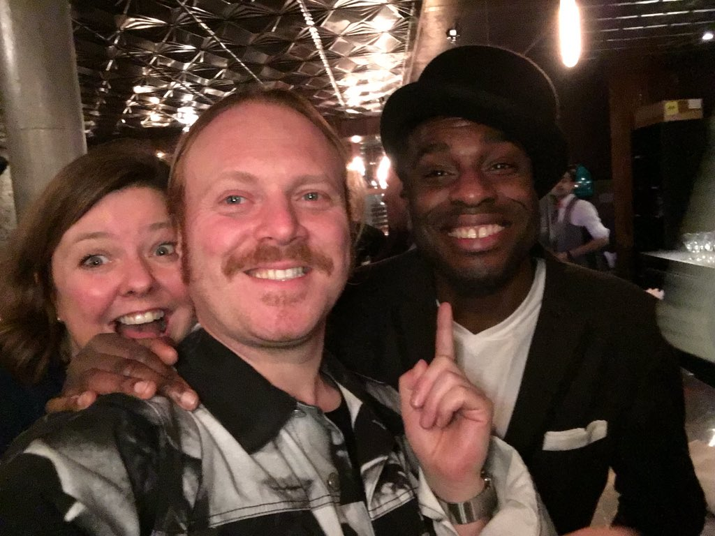 Me and me mate Tommy Nice from t' sketch show also boozed up. Photo bombed by Jane our production manager https://t.co/arEqjdDUUk