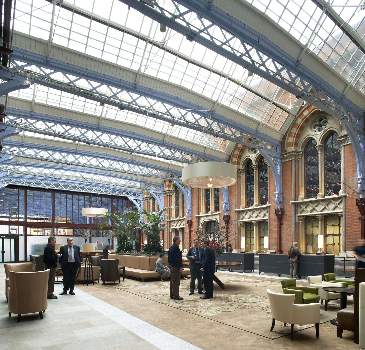 CaTHDhaWQAQ wle - St Pancras at 150 #2