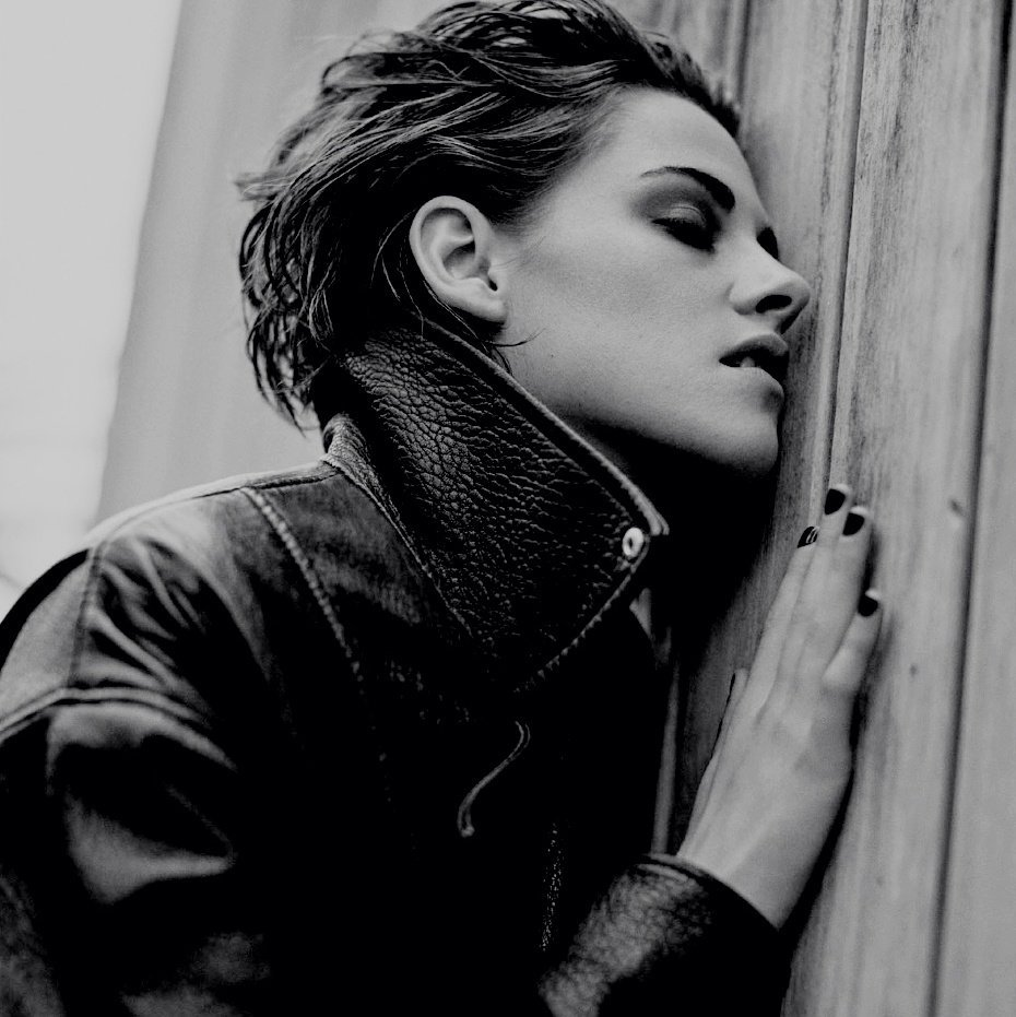 RT @rtactors: kristen stewart | april 9, 1990 https://t.co/SQlBZq1Diu