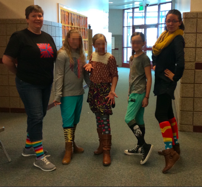 Willow Springs' teachers and students celebrate WRW with Crazy Sock, Shirt, or Pants Day! #CSDWhiteRibbonWeek https://t.co/vxss9suMCt