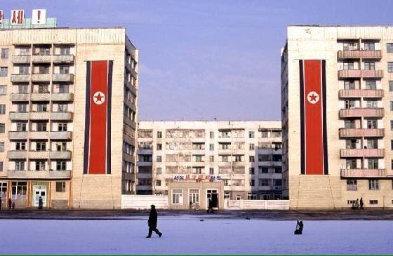 الحياة في كوريا الشماليه ..........متجدد  CaUrR6RWwAA92KM