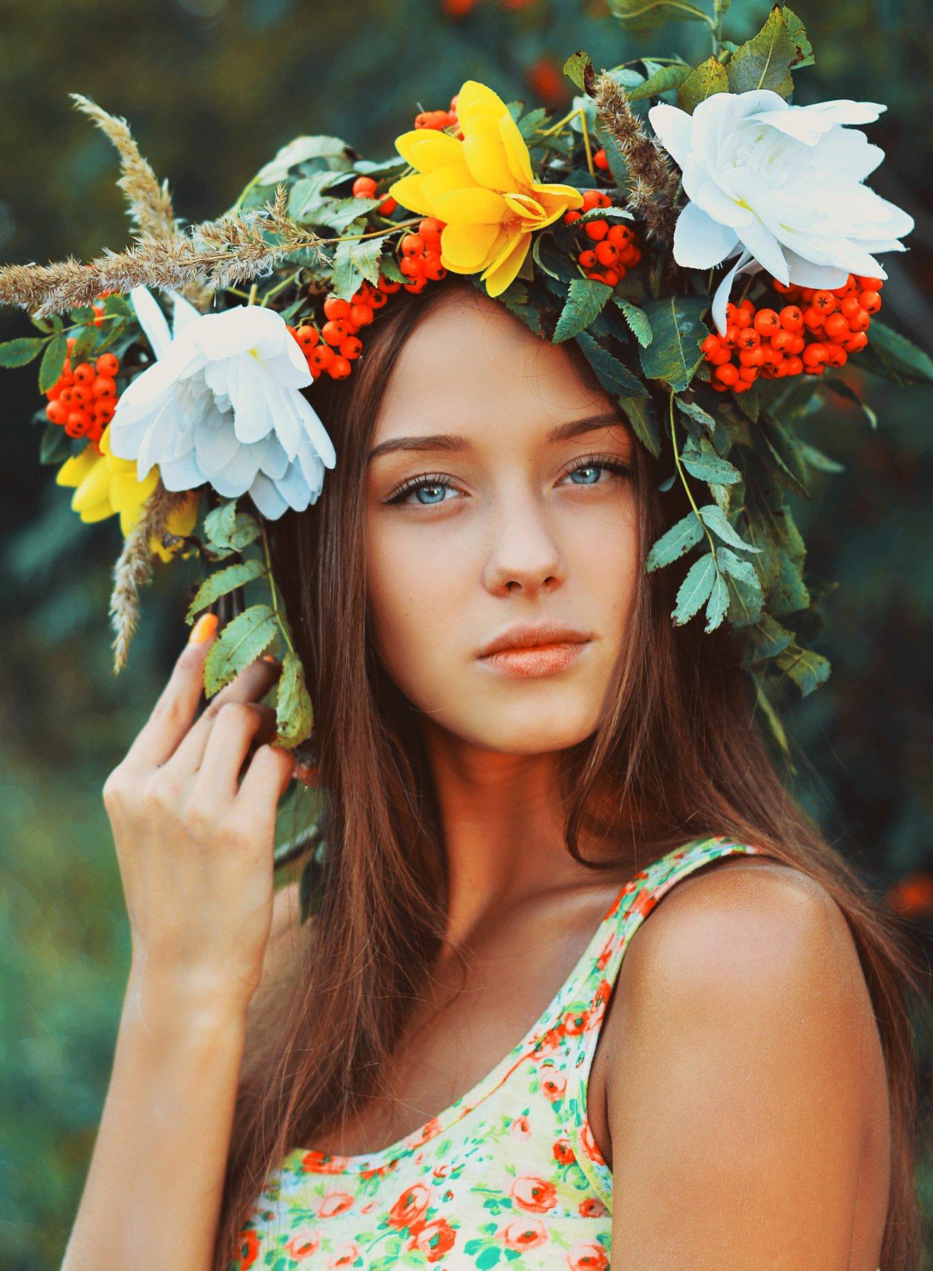 итальянская фотомодель с венком модель
