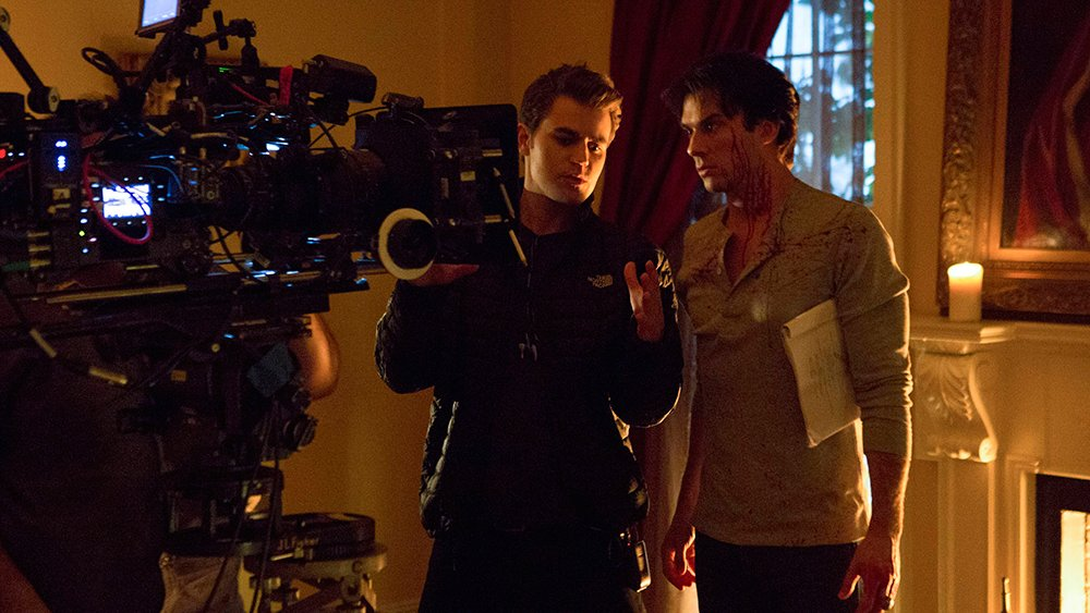 A new episode of #TVD directed by @paulwesley is TOMORROW at 8/7c! https://t.co/UxnrSfOlTI