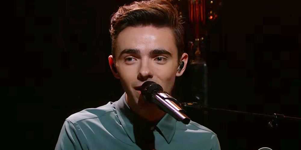 RT @justjaredjr: .@NathanSykes performance on the @latelateshow was amazing, as expected https://t.co/XbdEtpIoyC #OverAndOverAgain https://…