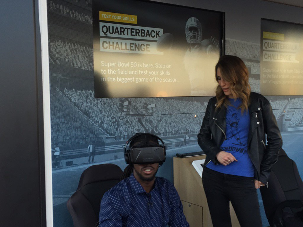 Falcons CB @DesmondTrufant   gets a look from the other side as he takes on the @SAP QB Challenge! https://t.co/rKTJhUgbEi
