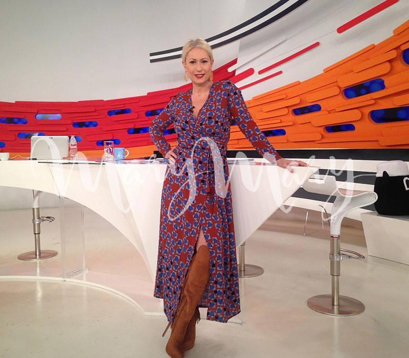 Κάντε retweet & μια φίλη κερδίζει το σημερινό μου φόρεμα απ'το marymaryshop.gr  στο Fotis Maria Live! https://t.co/ZFa74nh5mX