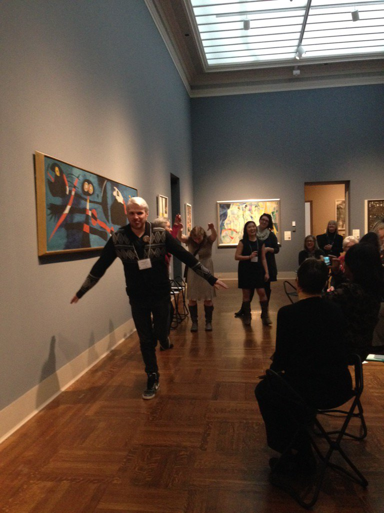 """how do you make a sculpture with no materials?"" Strike a pose! #MuseumMashup https://t.co/HssDv3HqYN"