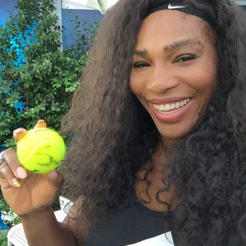 Nostalgic about the #AusOpen? RT and Follow @Eurosport for the chance to WIN a signed Serena Williams tennis ball! https://t.co/AbZtTNlOVD