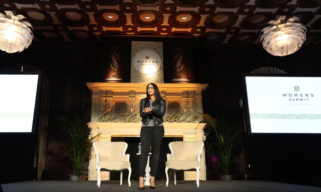 """""""You stumble, you fall, then you pick back up. That's how I apply sports to my life."""" -@JordinSparks #InTheHuddle https://t.co/i3oKBiXaRa"""