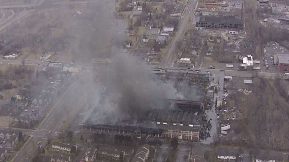 Highland Park residents worry about health after warehouse blaze reports @RandyWFOX2