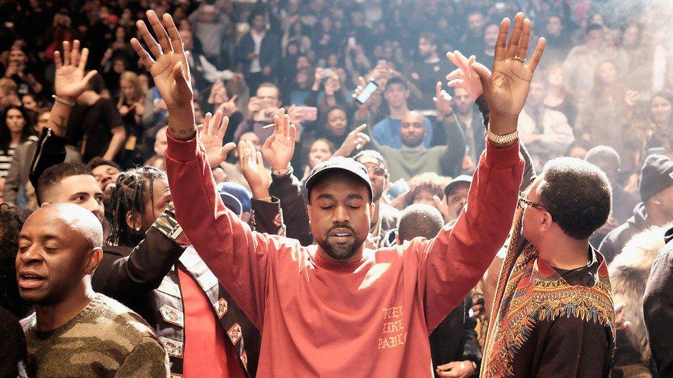 RT @mashable: #TLOP: Here's what everyone thinks of Kanye West's latest album https://t.co/XWAYTskK6o https://t.co/I1aNBKDli7