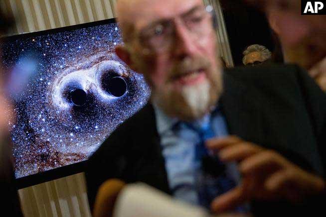 Einstein's right again: Scientists detect ripples in gravity via @AP
