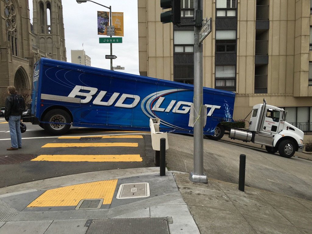 Forget the game: San Francisco has already won the Super Bowl of stuck beer trucks. https://t.co/YEHLq0NHYJ