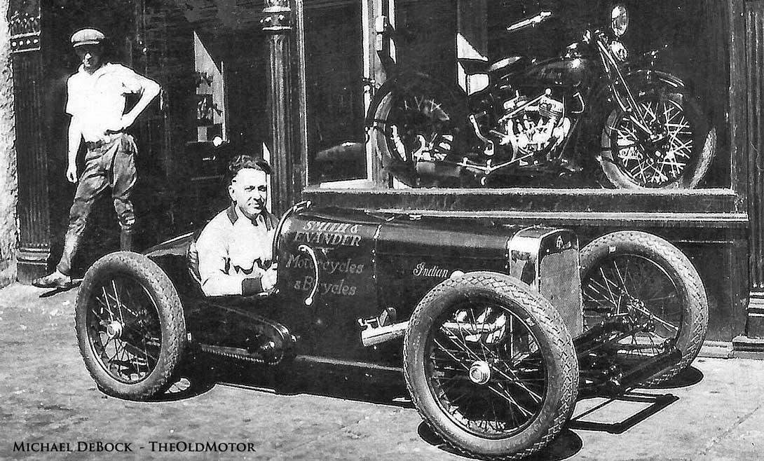 Qu'est-ce qui, en 1928/29 avait quatre roues, un bicylindres en V ou 4 en ligne... CaagR3kUMAItP8B