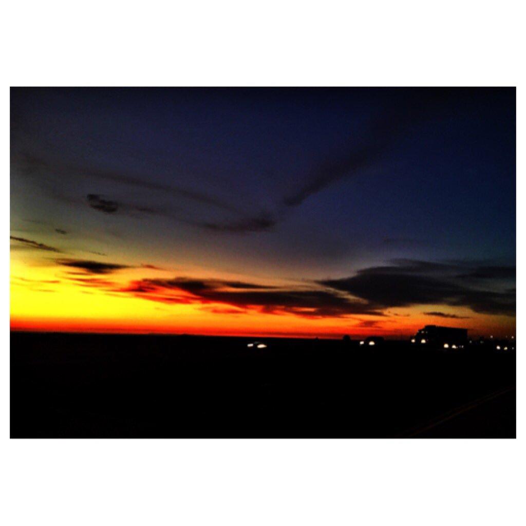 Sunset https://t.co/NtkpwsVv9p
