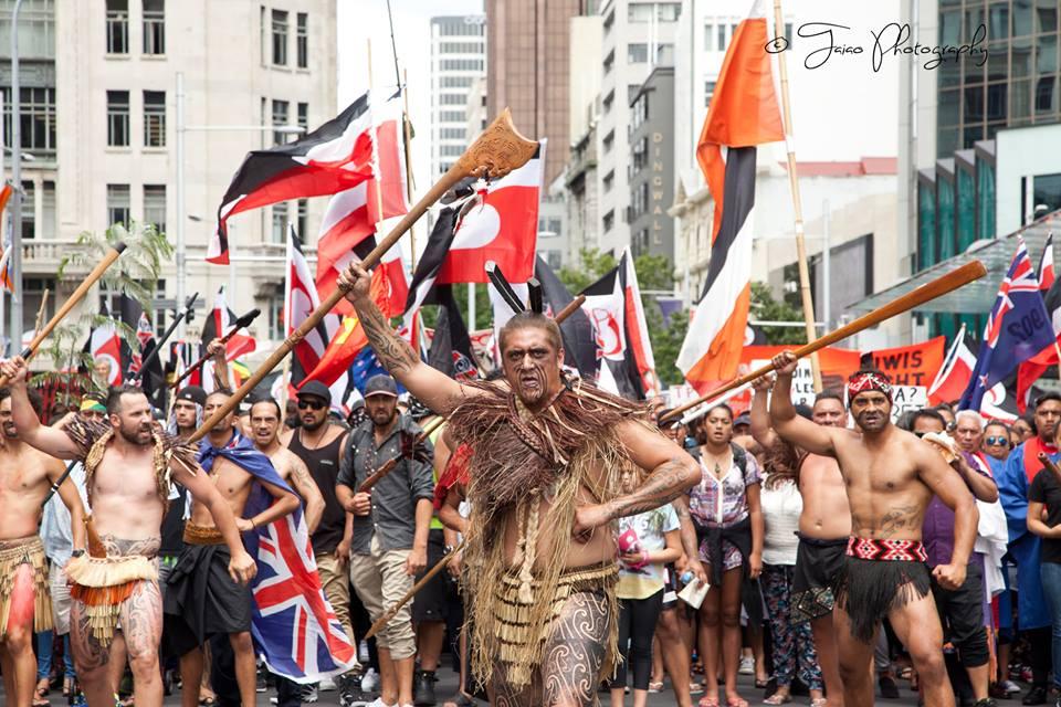 Yeni Zelanda: TPP  İmzalanırken Halk Sokaklarda Anlaşmayı Protesto Etti