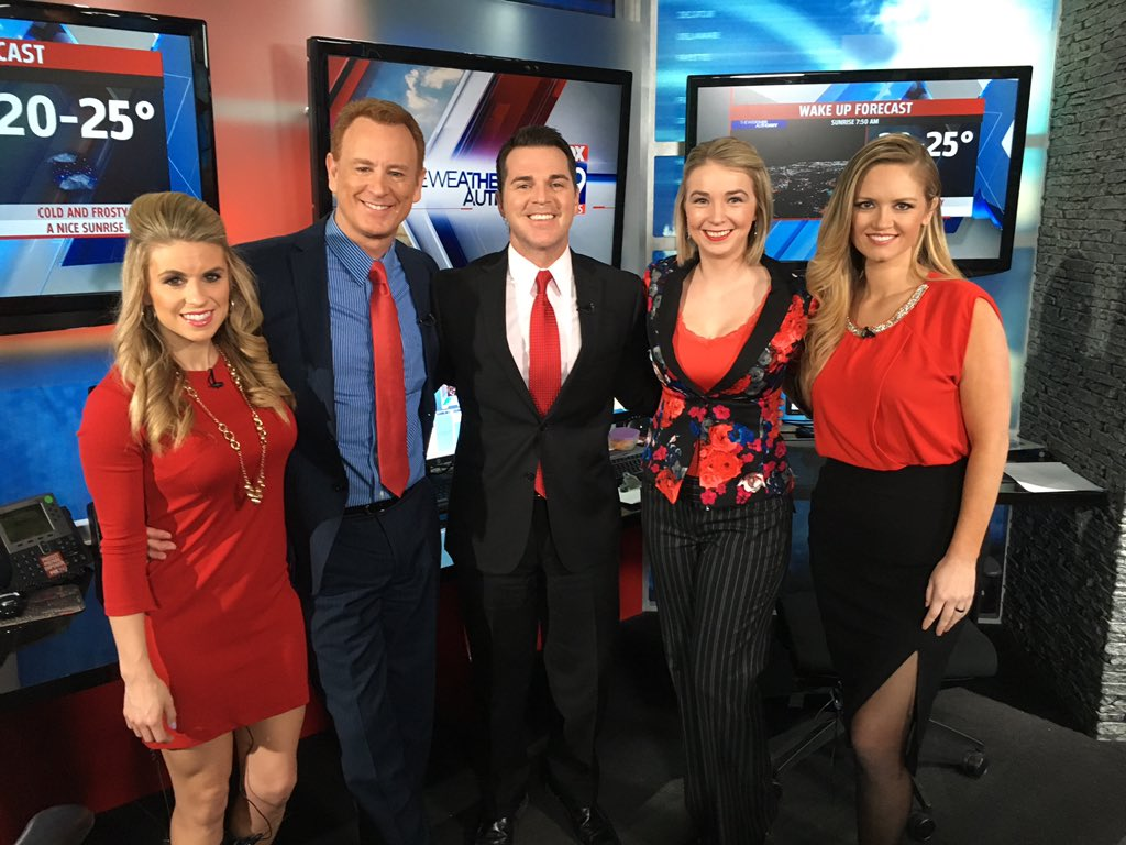 It's Go Red for Women's day @ahaindy @FOX59 @LarraOverton @JimOBrienWX @itsbrainey @lindythackston https://t.co/BKaTtWAIU9