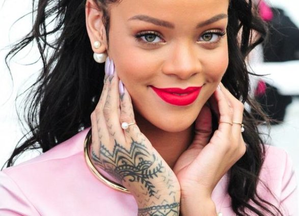The complete guide to Rihanna's tattoos: https://t.co/tEdIXvcd3H https://t.co/EY6fRvKu7V
