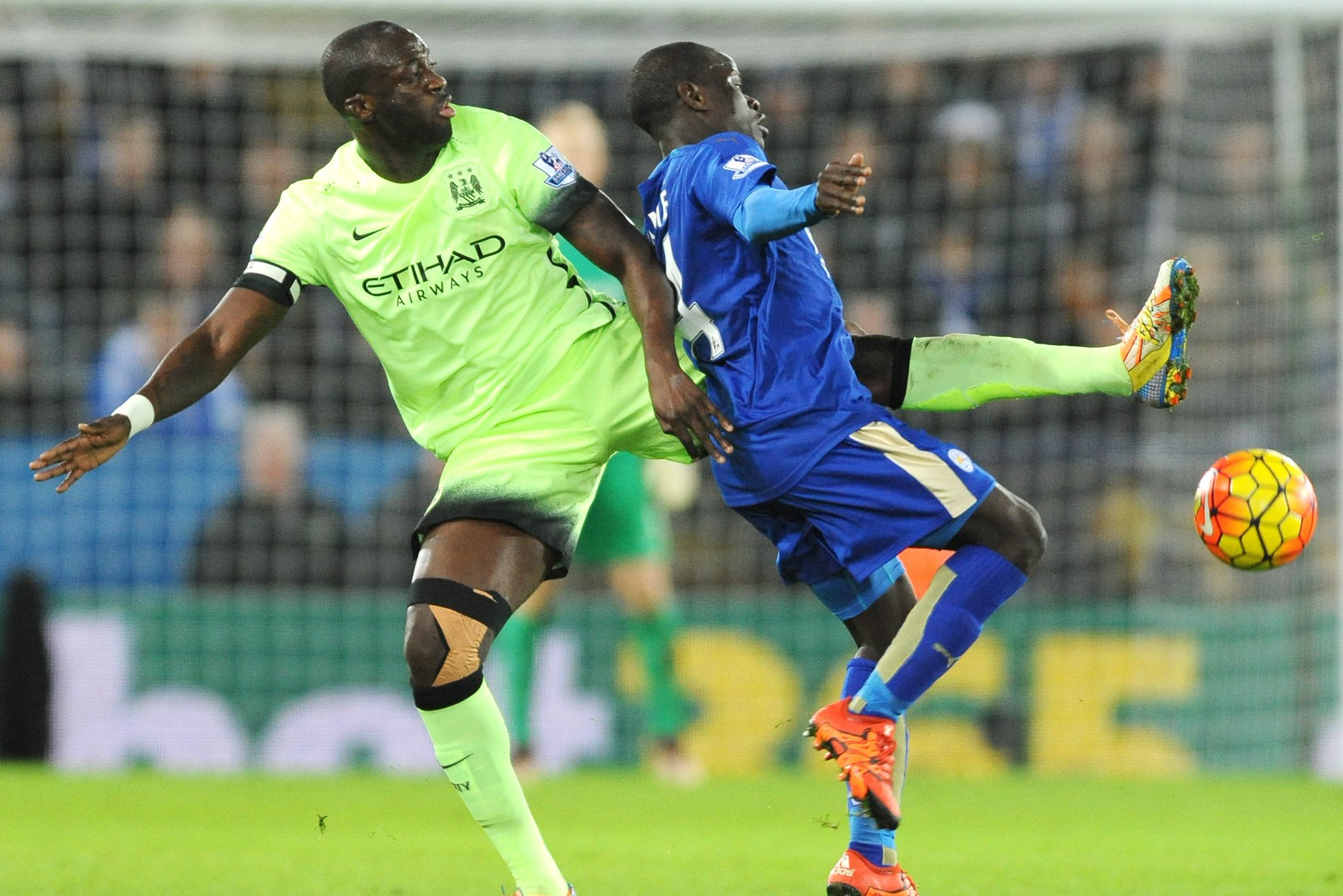 RT @MCFC: Worldwide broadcast listings for #cityvlcfc.  Where will you be watching?  TV guide: https://t.co/aESzEwBYx8 #mcfc https://t.co/Q…