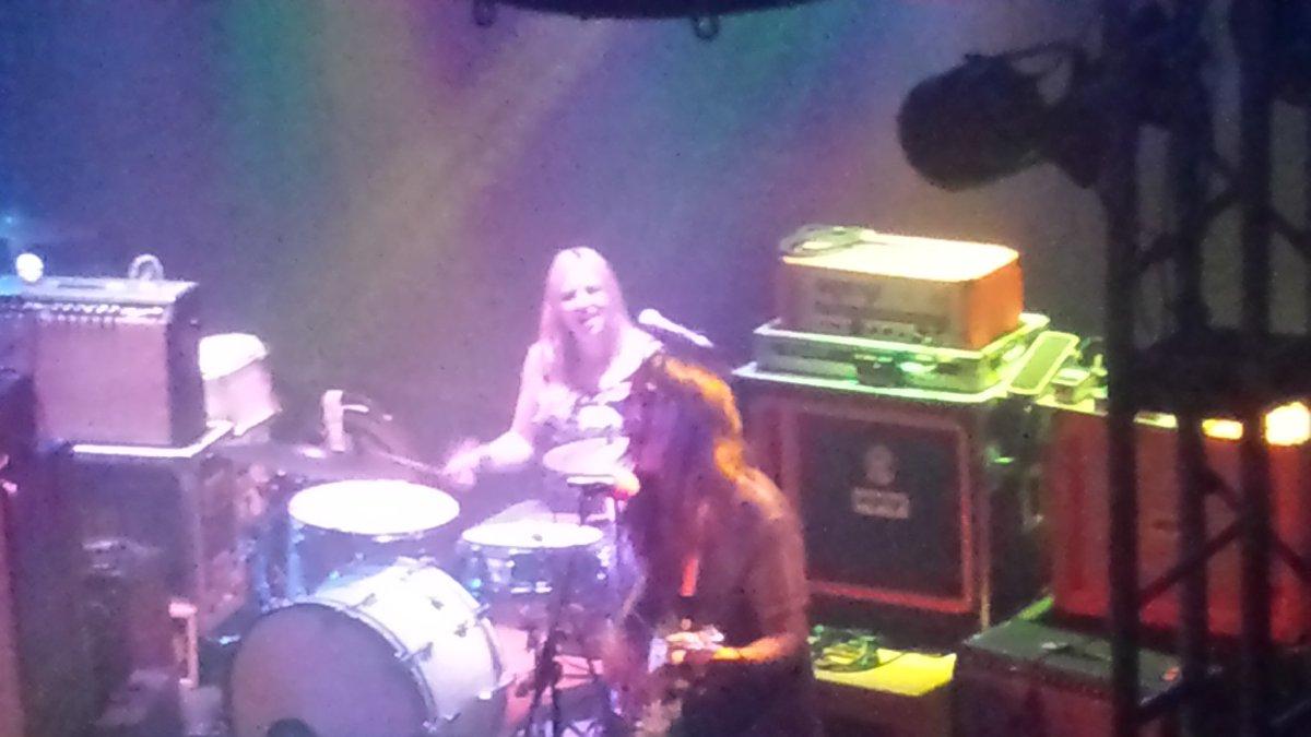 #Toyguitars last night! pic.twitter.com/DfAiqzIxhK