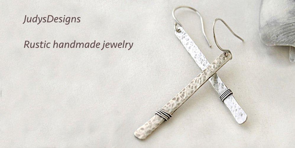 Sterling silver hammered earrings, minimalist jewelry https://t.co/g911ii58D1 #handmade #jewelry https://t.co/E7WbmmWJ1E