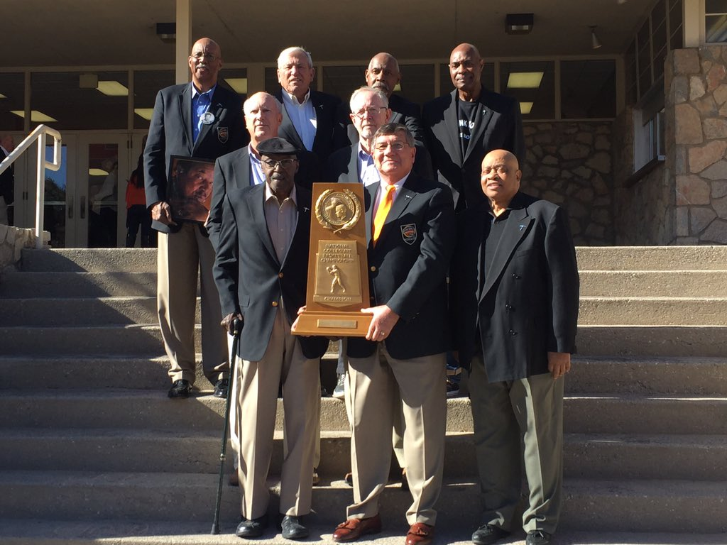 The famous '66 championship team photo was recreated today on the steps of Memorial Gym! #MINERS1966 https://t.co/CuIonE5RyH