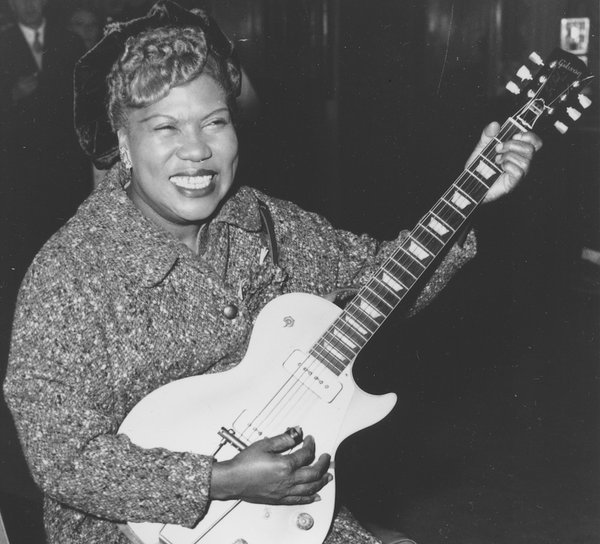 We love Sister Rosetta Tharpe. The recognition she's receiving is long overdue. https://t.co/ZRuIs0gSUf @gaylewald https://t.co/ZvsxLocsbI