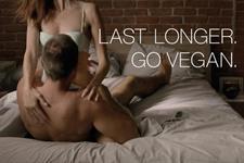 Watch: @peta pounds on sexual endurance in #SuperBowl ad stunt https://t.co/bzhhKbspE0 @Campaignmag https://t.co/X7mxikgmpk