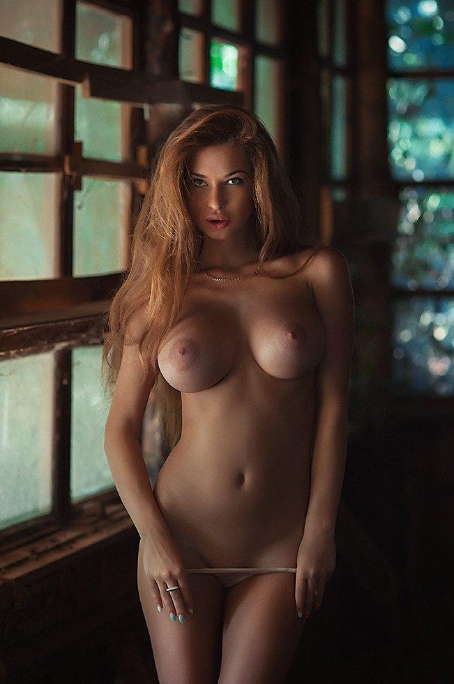 Perfect babe perla hot
