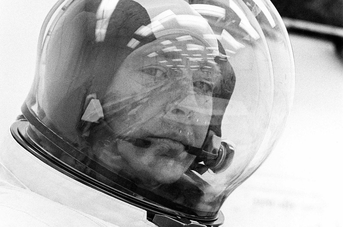 Edgar Mitchell, sixth astronaut to walk on the moon, dies at 85: https://t.co/hwg16wmToO #Apollo14 https://t.co/9HkFNhDkwh