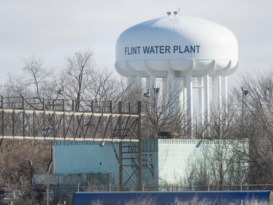 @MichiganDEQ fires worker who supervised Flint's water FlintWaterCrisis